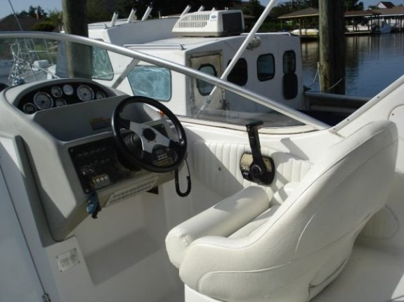 Bayliner 2855 Siera Sanbridge3