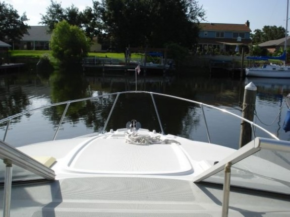 Bayliner 2855 Siera Sanbridge8