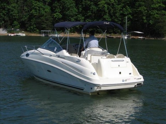 Sea Ray 240 Sundancer2